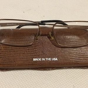 Tommy Bahama Reading Glasses TB404 Brown 210 150